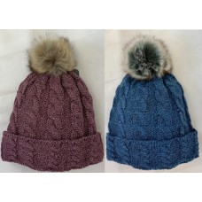 90063 - MARLED CABLE BEANIE WITH FUR POM